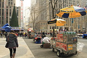 Skates Prints - Hog dog vendor NYC Print by Geri Scull