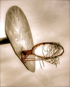 Dunk Art - Hoop by Steve Ratliff