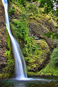 Leslie Kirk - Horsetail Falls