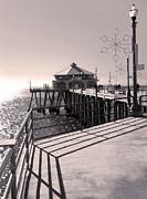 Gregory Dyer - Huntington Beach Pier - Rubys Diner