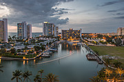 Hyatt Regency Hotel Prints - Hyatt Regency Hotel in Saraspta Florida Print by William  Carson