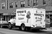 Rochester New York Photos - Ice Cream Truck by Linda Phelps