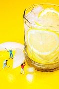 Ice Making For Lemonade Little People On Food Print by Paul Ge