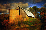 Barn And Silo Prints - In The Gloaming Print by Lois Bryan