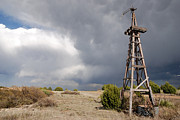 Mancave Photos Prints - Incoming Storm on the High Plains Horizontal Print by Melany Sarafis