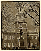 Philadelphia City Hall Framed Prints - Independence Hall Framed Print by Jack Paolini