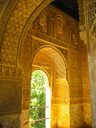 Patricia Hofmeester - inside the Alhambra palace