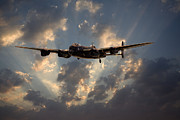 Lancaster Bomber Digital Art - Into the Night by Pat Speirs