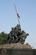 Raising Prints - Iwo Jima Memorial - 12121 Print by DC Photographer