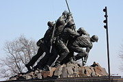 Raising Prints - Iwo Jima Memorial - 12123 Print by DC Photographer
