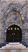 Jerusalem Painting Metal Prints - Jerusalem Doorway Metal Print by Robert Handler