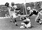 Nfl Photo Prints - Jim Brown running with the ball Print by Sanely Great