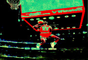 Chicago Bulls Digital Art - Jordan Flying High by Brian Reaves