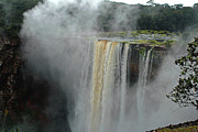Stefan Carpenter - Kaieteur Falls Close