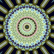 7 Digital Art - Kaleidoscope 7 by Tom Druin