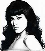Katy Perry Drawings - Katy Portrait by Elizabeth Moug