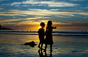 Terry Thomas - Kids on the beach