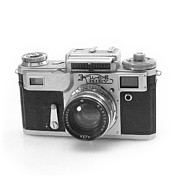 Rangefinder Photos - Kiev 4 Camera by Paul Cowan