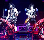 Paul Stanley Prints - KISS Duo Print by Suzanne Donovan