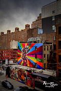 Nyc Graffiti Prints - Kiss me on The High Line Print by Russell Styles