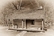 Log Cabin Photographs Prints - Landow Log Cabin 7D01723b Print by Guy Whiteley