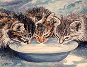 Kitten Framed Prints - Lap of Luxury Kittens Framed Print by Linda Mears