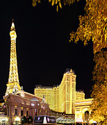 Decoration Posters - Las Vegas - Paris Casino - 01132 Poster by DC Photographer