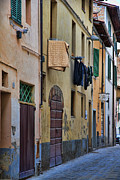 Grate Originals - Laundry Citta di Castello by Hugh Smith