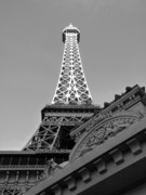 Las Vegas Nevada Prints - Le Eiffel Print by David Bearden