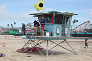 Lifeguard Shack Posters - Lifeguard Shack At The Santa Cruz Beach Boardwalk California 5D23712 Poster by Wingsdomain Art and Photography