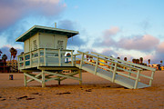 Los Angeles Pyrography Prints - Lifeguard Tower Print by Antonino Escalante