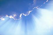 David N Davis - Light Beams From Cloud