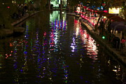 Ginna Kincaide - Lighting Of The Riverwalk