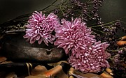 Hugo Bussen - Lilac chrysanthemums