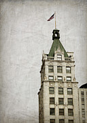 Tennessee Landmark Posters - Lincoln American Tower Poster by Suzanne Barber