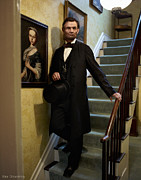 Abraham Lincoln Pictures Posters - Lincoln Descending Stairs 2 Poster by Ray Downing