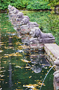 Pond In Park Prints - Lions In The Renaissance Court Fountain 1 Print by Lanjee Chee