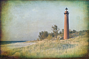 Lighthouse Digital Art - Little Sable Lighthouse by Leo Cumings