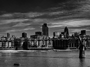 Skylines Photos - London 066 by Lance Vaughn