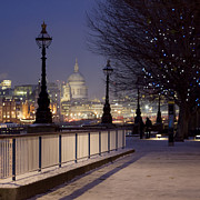 Alejandra Pinango - London blue nights