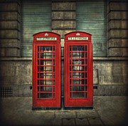 Pair Framed Prints - London Calling Framed Print by Evelina Kremsdorf