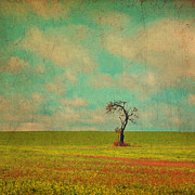 Brooke Ryan - Lonesome Tree in Lime...