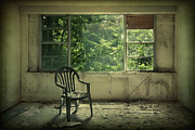 Dilapidated Metal Prints - Lose Your Delusions Metal Print by Evelina Kremsdorf