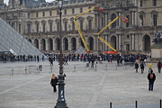 Couple Prints - Louvre - Paris France - 01134 Print by DC Photographer