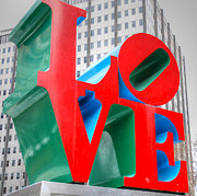 Philadelphia Posters - LOVE Sculpture Poster by Jennifer Lyon