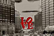 Red Art - Love Sculpture - Philadelphia - BW by Lou Ford