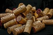 Loving Wine Print by Patricia Hofmeester