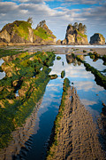 Inge Johnsson - Low tide at Point of the Arches