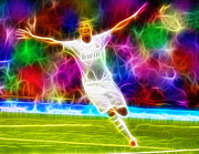 Cristiano Ronaldo Drawings - Magical Cristiano Ronaldo by Paul Van Scott