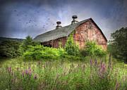 Barns Digital Art - Mahanoy Barn by Lori Deiter